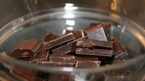 Con leche, blanco o negro; puro o símil: todo sobre el chocolate — Leticia Cicero — No Toquen Nada | El Espectador 810