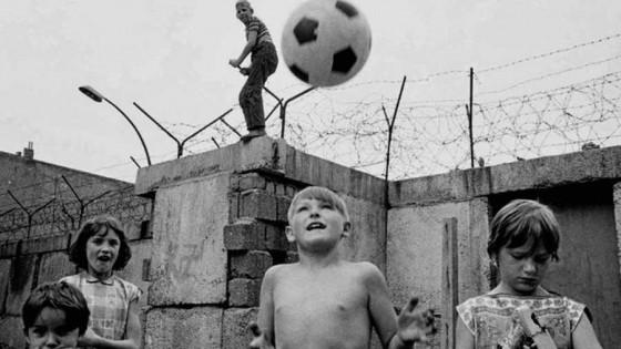 K, un hincha contra la Stasi — Maxi Guerra — Otro Elefante | El Espectador 810