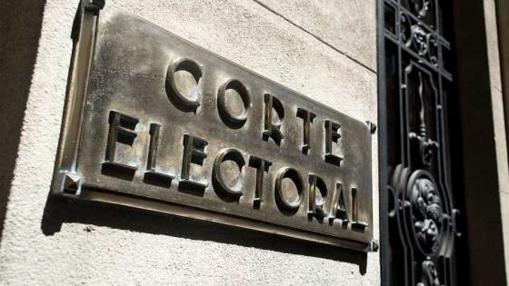 La Corte Electoral en el último día para iniciar el trámite de la credencial — Audios — Al Día 810 | El Espectador 810