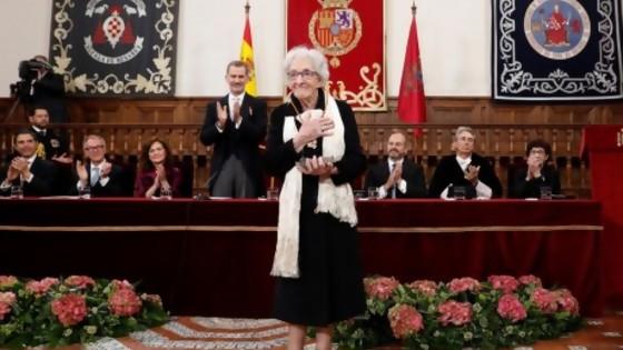Ida Vitale: discrepancia con Cervantes y besos para el Rey — Audios — No Toquen Nada | El Espectador 810