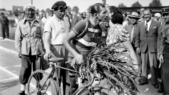 Gino Bartali: El ciclista que engañó a Mussolini — El maravilloso mundo de Moncho Licio — Otro Elefante | El Espectador 810