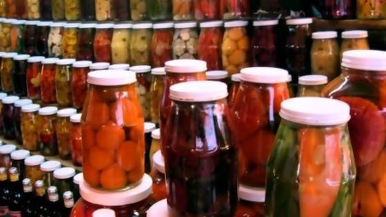 Conservas: métodos caseros para prolongar la vida de los alimentos — Leticia Cicero — No Toquen Nada | El Espectador 810