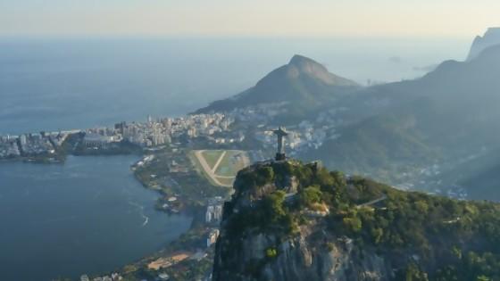 Pili e uma festa de música brasileira — Encantada — Bien Igual | El Espectador 810