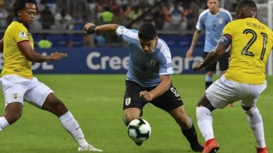 El triunfo de Uruguay ante los bolivianos con cuerpos de deportistas — Darwin - Columna Deportiva — No Toquen Nada | El Espectador 810