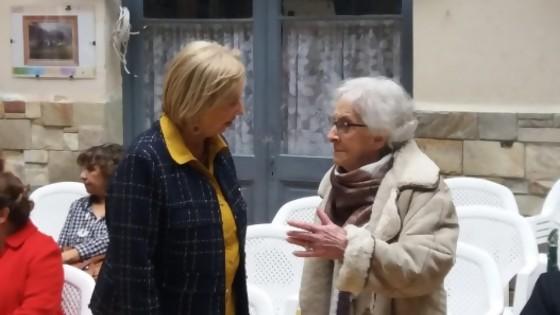 La poeta Ida Vitale recibe la Moña de Honor — Qué tiene la tarde — Más Temprano Que Tarde | El Espectador 810