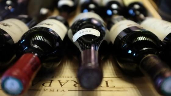 Regulación del alcohol: debate entre el problema de salud y el vino de la iglesia — Informes — No Toquen Nada | El Espectador 810