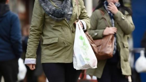 Cómo es la fiscalización de la ley de bolsas plásticas — Informes — No Toquen Nada | El Espectador 810