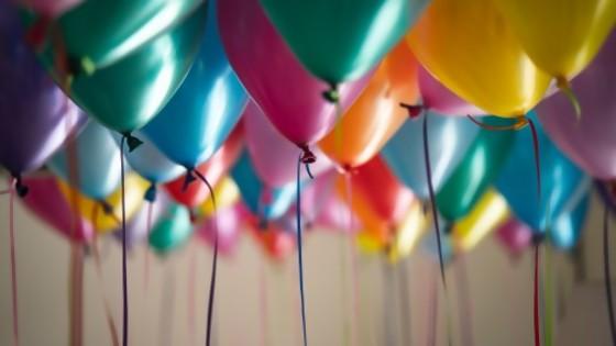 Un cumpleaños en democracia — El mostrador — Bien Igual | El Espectador 810