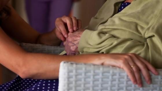 El edadismo y la infantilización de la vejez en un minuto — MinutoNTN — No Toquen Nada | El Espectador 810
