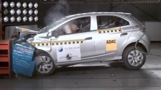 Latin NCAP propone que autos tengan etiquetado que indique cuán seguros son — Entrevistas — No Toquen Nada | El Espectador 810