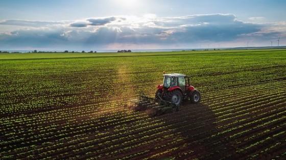 M. Bidegain: ''Mayo inicia con lluvias de entre 15 y 20mm'' — Clima — Dinámica Rural   El Espectador 810