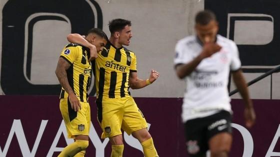 Peñarol ganó en Brasil y se ilusiona con el futuro — Deportes — Primera Mañana   El Espectador 810