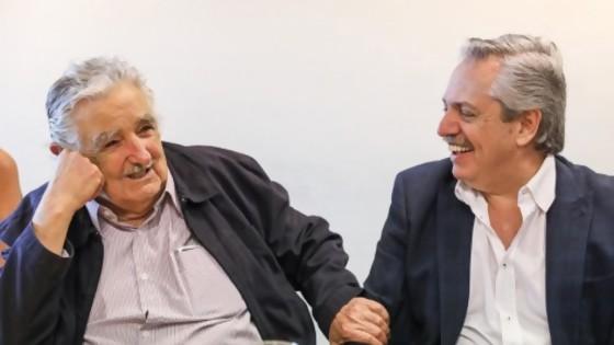 El llamado de Alberte a Mujica / La última de Lavozdelaciencia: No al Test de Anticuerpos, sí a La Filosofía Franfruter — Columna de Darwin — No Toquen Nada | El Espectador 810