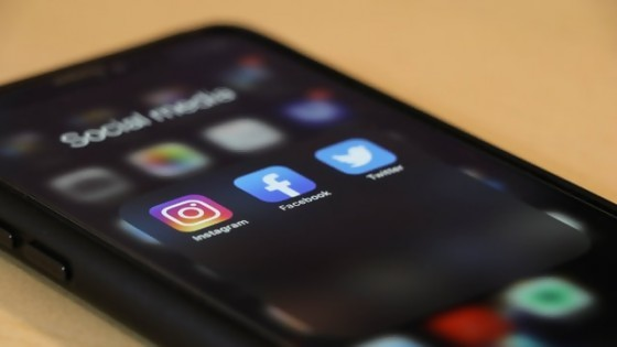 Despido por contenido: las redes sociales, las consecuencias laborales y la libertad de expresión — El mostrador — Bien Igual | El Espectador 810