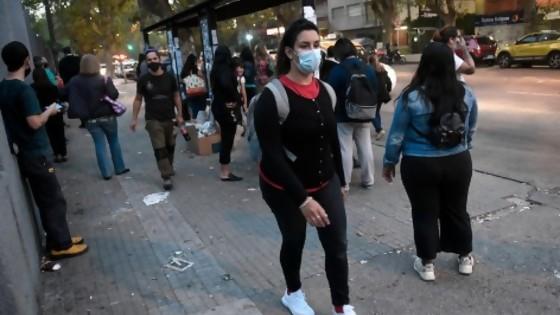 Uno de cada 100 uruguayos está enfermo de Covid hoy — La Entrevista — Más Temprano Que Tarde   El Espectador 810
