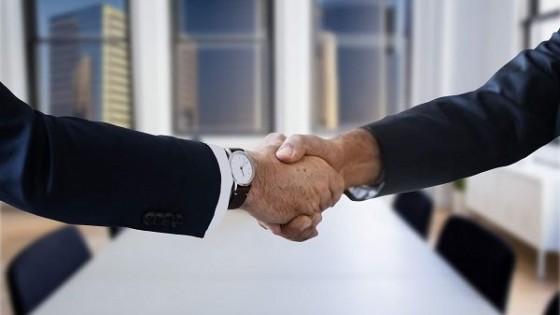 Acuerdo: Santander y Lote 21 significa ''más servicios, respaldo y eficiencia en negocios ganaderos'' — Mercados — Dinámica Rural   El Espectador 810