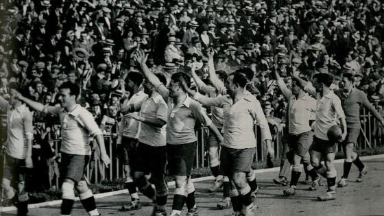 Uruguay campeón olímpico 1924, Ana Frank y Prince — La Biblia y el calefón — Espectadores | El Espectador 810