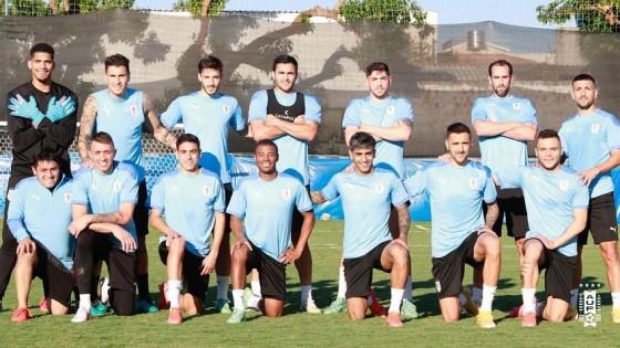 El equipo de Uruguay para debutar en la Copa América — Deportes — Primera Mañana   El Espectador 810