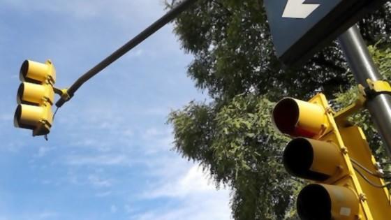 La idea de pintar los semáforos de verde y el trabajo del GACH chileno — NTN Concentrado — No Toquen Nada   El Espectador 810