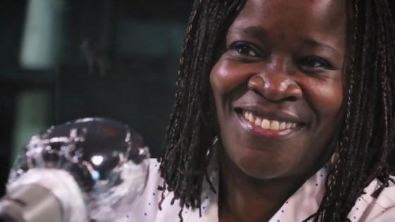 """La historia de Angelina Vunge, la angoleña que tomó el sufrimiento como """"lección de vida"""" — Charlemos de vos — Abran Cancha   El Espectador 810"""