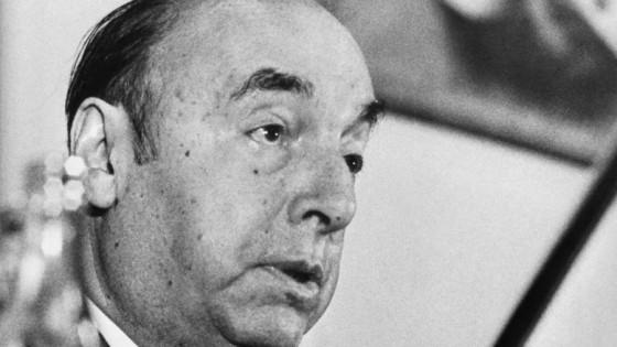 Pablo Neruda en su voz y su poesía — La Entrevista — Más Temprano Que Tarde   El Espectador 810