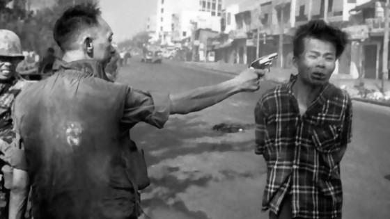 La foto de la ejecución en Vietnam: la historia del que disparó y la culpa del fotógrafo — Leo Barizzoni — No Toquen Nada | El Espectador 810
