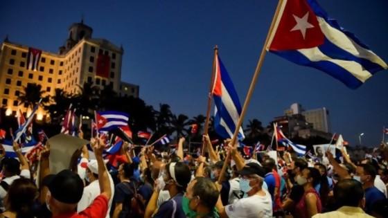 El debate por la situación de Cuba y por qué TV Ciudad fue tendencia — La Semana en Cinco Minutos — Abran Cancha | El Espectador 810