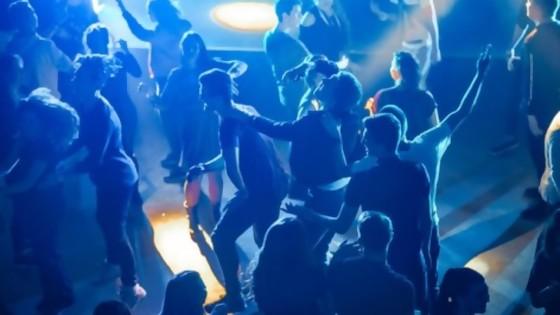 Protocolo de la fiesta higienista: ¿trencito Pfizer o trencito Chuminvac? — Columna de Darwin — No Toquen Nada | El Espectador 810