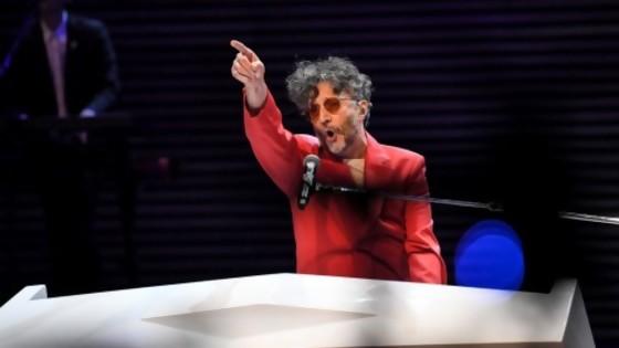 Crónica: revuelta civil en Antel Arena; Sanguinetti abre Taller de Renuncias Ajenas e Interrupción de Entrevista Colectiva — Columna de Darwin — No Toquen Nada | El Espectador 810