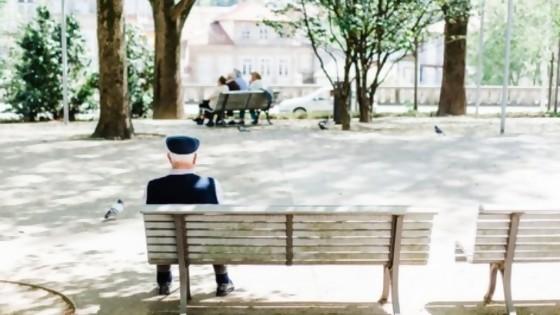 ¿Quién debe hacerse cargo del cuidado de las personas mayores? Una discusión que nos debemos como sociedad — Cuestión de derechos: Dr. Juan Ceretta — Más Temprano Que Tarde   El Espectador 810