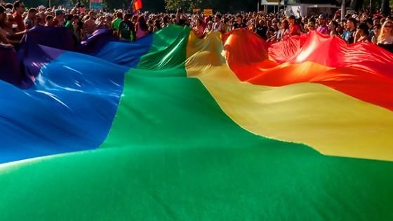 Marcha de la diversidad: Intendencia de Montevideo cortará el tránsito en 18 de julio y reforzará el servicio de limpieza — Qué tiene la tarde — Más Temprano Que Tarde | El Espectador 810
