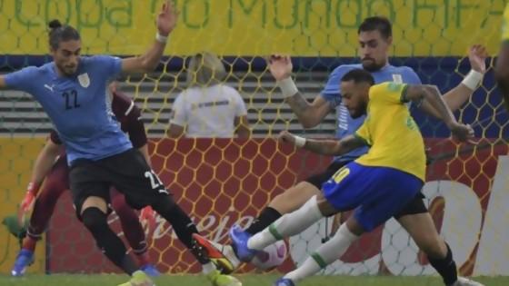 El 1 por 1 de Uruguay ante Brasil — Darwin - Columna Deportiva — No Toquen Nada   El Espectador 810