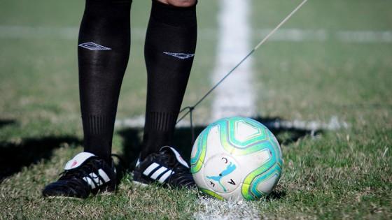 Qué cobertura hay en las canchas de fútbol ante paros cardiorrespiratorios — Diego Muñoz — No Toquen Nada | El Espectador 810