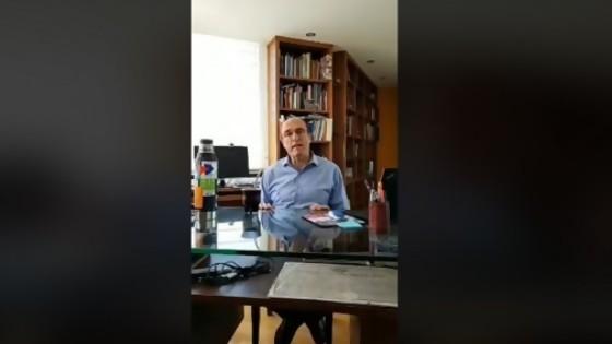 El Facebook dead de Martínez y los eslóganes de campaña — Columna de Darwin — No Toquen Nada | El Espectador 810