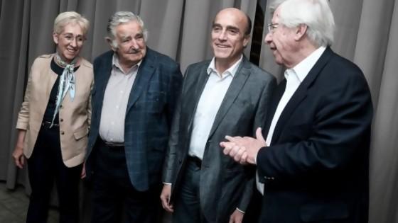 El déjà vu de ver a Mujica de saco y tomando las decisiones — Departamento de periodismo electoral — No Toquen Nada | El Espectador 810