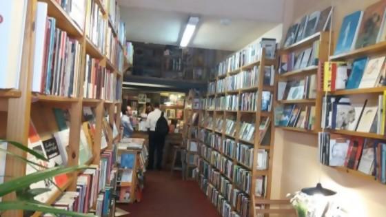 8 de noviembre: noche de las librerías — Entrada libre — Más Temprano Que Tarde | El Espectador 810