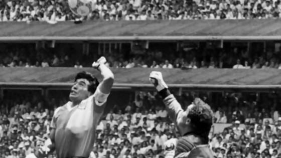 La mano de Dios contada por el fotógrafo argentino Eduardo Longoni — Leo Barizzoni — No Toquen Nada | El Espectador 810