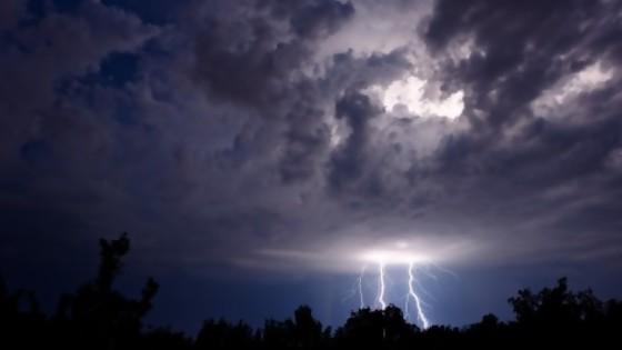 Me asusté con la tormenta — De qué te reís: Diego Bello — Más Temprano Que Tarde | El Espectador 810