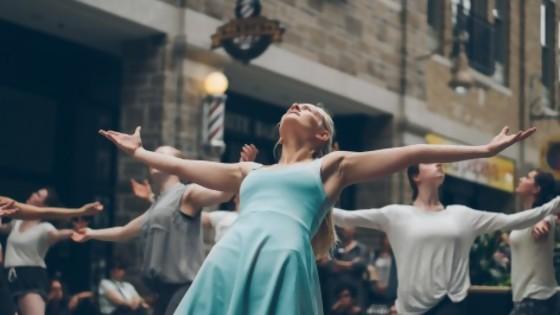 Danza de nombres — De qué te reís: Diego Bello — Más Temprano Que Tarde | El Espectador 810