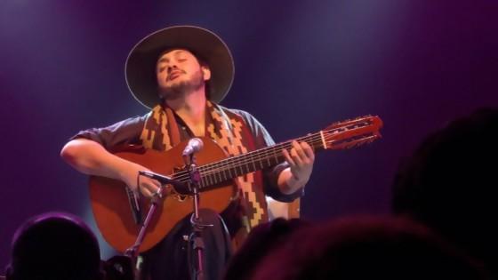 El mejor guitarrista vivo de Brasil toca en Uruguay y habló con NTN — Denise Mota — No Toquen Nada | El Espectador 810