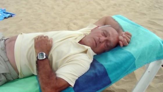 Conclusiones de una siesta de verano — De qué te reís: Diego Bello — Más Temprano Que Tarde | El Espectador 810