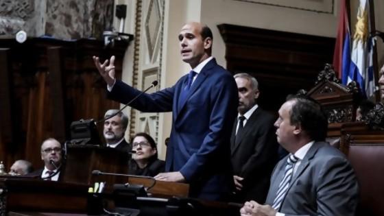 "Modernizar legislación, participación ciudadana e ""importar ideas"" de otros parlamentos — Informes — No Toquen Nada | El Espectador 810"