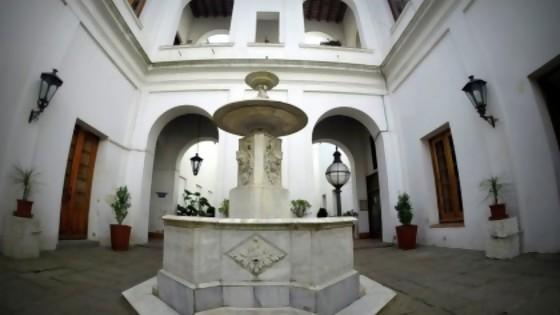 Cómo hacer turismo en una Montevideo desierta — Qué tiene la tarde — Más Temprano Que Tarde | El Espectador 810