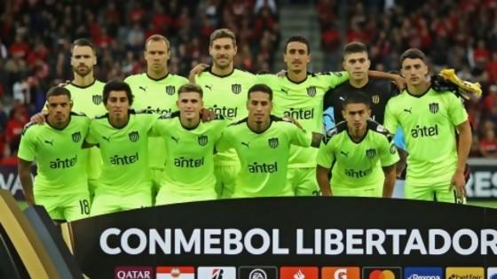 Peñarol repitió la historia reciente, Nacional se prueba ante el equipo de Bengoechea  — Diego Muñoz — No Toquen Nada | El Espectador 810