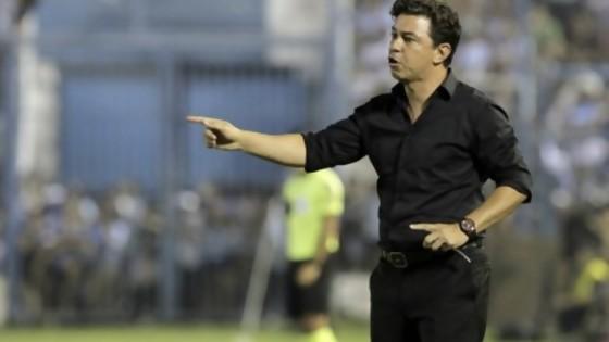 Tan cerca y tan lejos — Diego Muñoz — No Toquen Nada | El Espectador 810