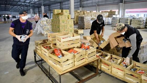 Distribución de canastas: cómo trabaja la Intendencia de Montevideo para llegar a los beneficiarios — Qué tiene la tarde — Más Temprano Que Tarde | El Espectador 810