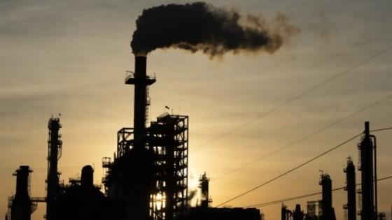 El mundo se atoró con petróleo crudo — Informes — No Toquen Nada | El Espectador 810