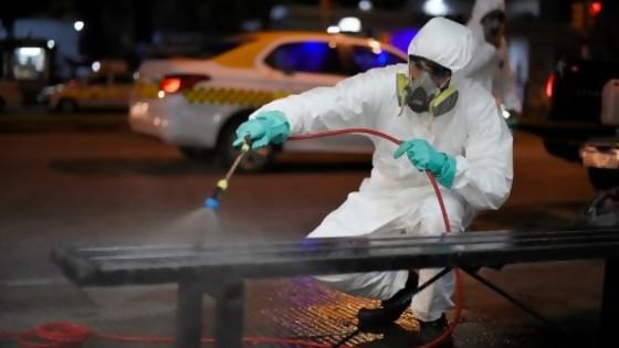 La OMS dice que el covid-19 no se transmite por aire y recomienda no desinfectar calles — Informes — No Toquen Nada | El Espectador 810