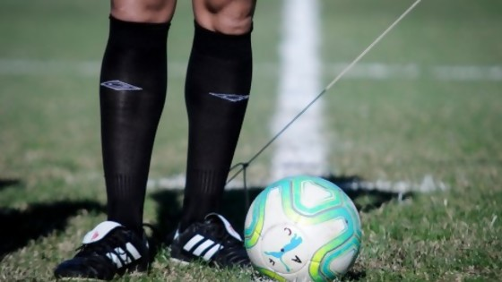 Los cuatro médicos delirantes y su protocolo del fútbol — Darwin - Columna Deportiva — No Toquen Nada | El Espectador 810