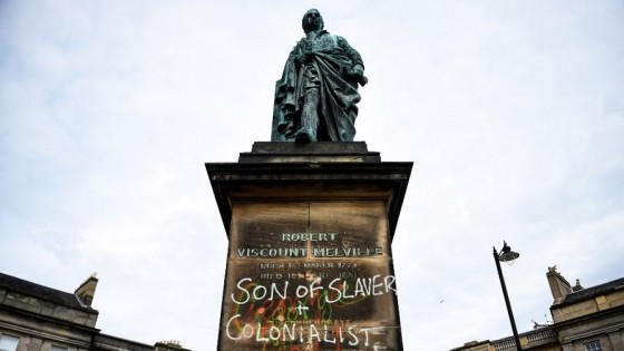Cuando las estatuas caen, es porque la historia está dando vuelta una página — Claudio Fantini — Primera Mañana | El Espectador 810